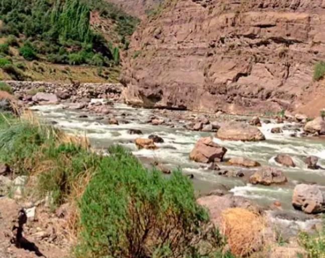 Juntas de vigilancia, el desconocido motor del riego en Chile